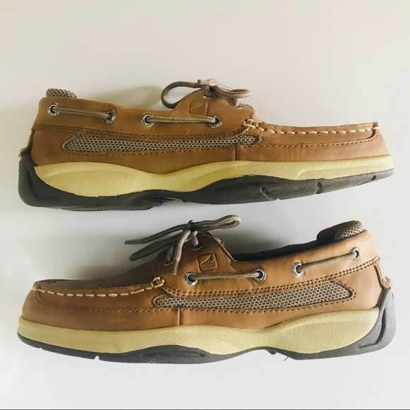 c2d35588429 Sperry Top-Sider Lanyard 2-Eye Boat Shoes Sz8. M 5b70fe3b8158b52c451cf103